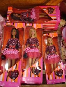 valentine_barbies_on_sale_003
