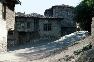 131-3622 Unsal shrinehouse