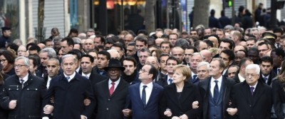 Staged photo of world leaders at Charlie Hebdo demonstration, Paris
